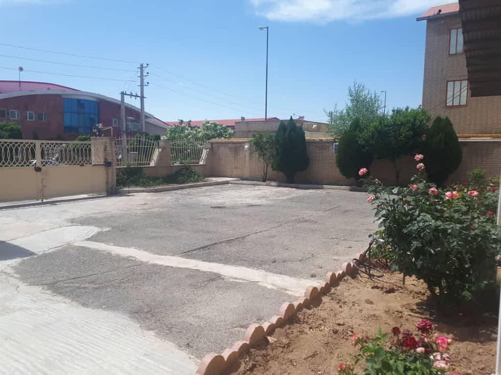 فروش کارخانه ۱۷۰۰متری غذایی شهرک صنعتی نظراباد البرز